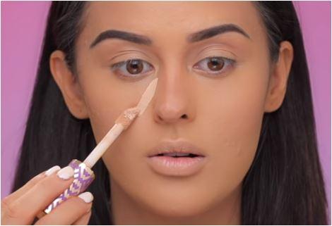 Как изменить форму лица при помощи макияжа